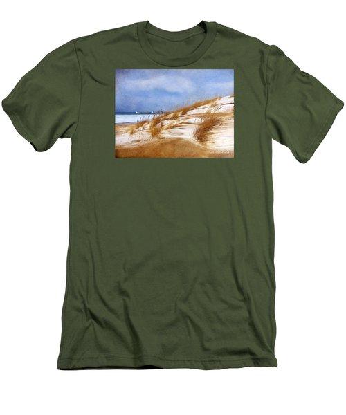 Wintertime St. Joe Lighthouse  Men's T-Shirt (Athletic Fit)