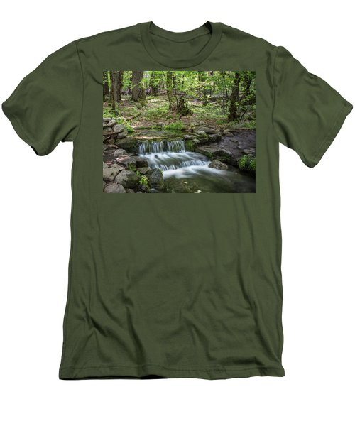 Yosemite View 23 Men's T-Shirt (Athletic Fit)