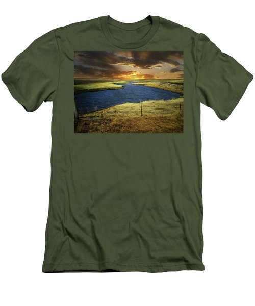 Zig Zag River Men's T-Shirt (Athletic Fit)