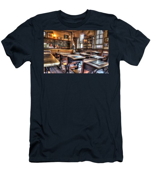 1879 School House - Knott's Berry Farm Men's T-Shirt (Slim Fit) by Heidi Smith