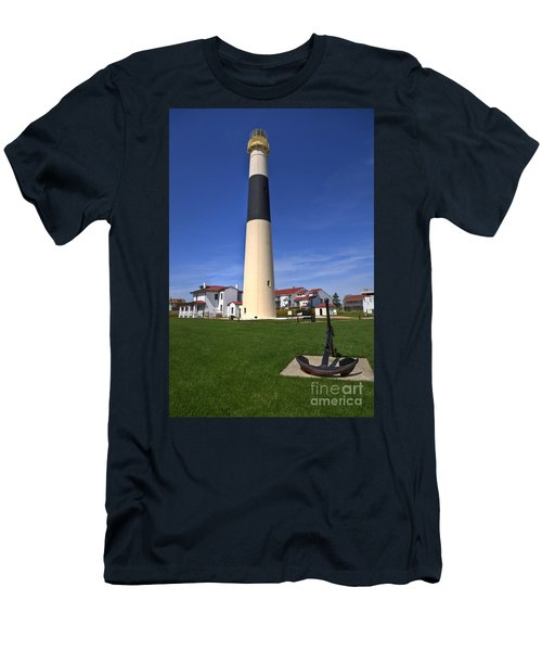 Absecon Lighthouse Men's T-Shirt (Slim Fit)