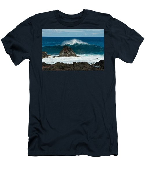 Akahange Wave Men's T-Shirt (Athletic Fit)