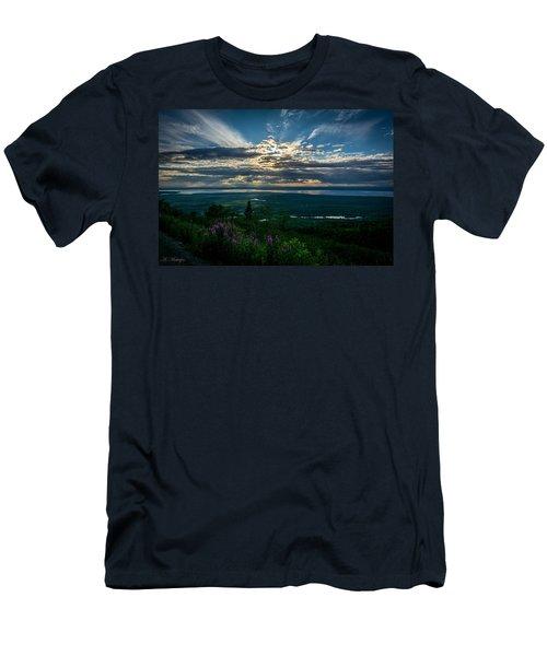 Alaskan Summer Sunset Men's T-Shirt (Athletic Fit)