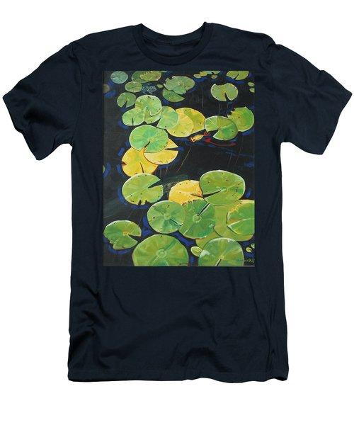 Alluring Men's T-Shirt (Athletic Fit)