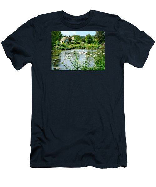 An English Cottage Men's T-Shirt (Athletic Fit)