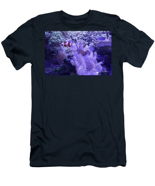 Anemone Starlight Men's T-Shirt (Athletic Fit)