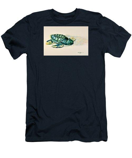 Da150 Baby Sea Turtle By Daniel Adams  Men's T-Shirt (Athletic Fit)
