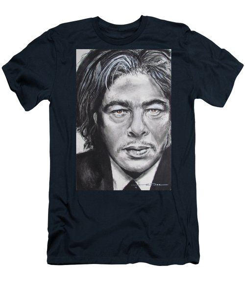Benicio Del Toro Men's T-Shirt (Athletic Fit)