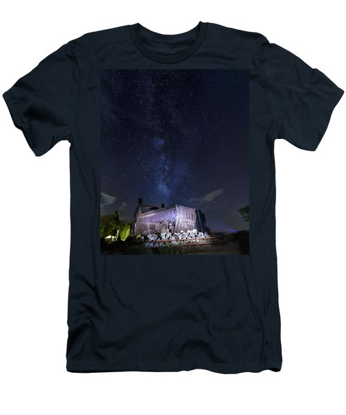Big Muskie Bucket Milky Way And A Shooting Star Men's T-Shirt (Athletic Fit)