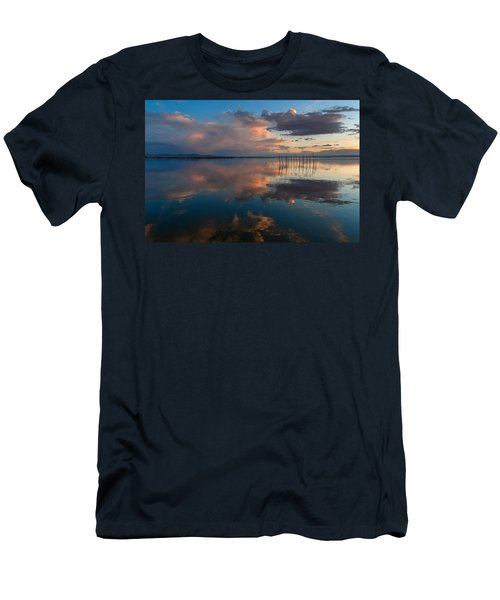 Blue Lagoon. Valencia Men's T-Shirt (Athletic Fit)