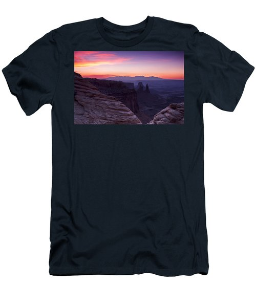 Canyonlands Sunrise Men's T-Shirt (Slim Fit)