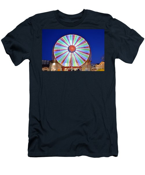 Christmas Ferris Wheel Men's T-Shirt (Athletic Fit)