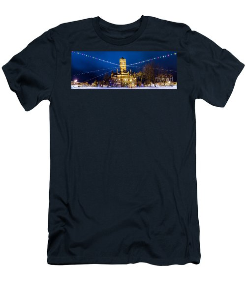 Christmas On The Square Men's T-Shirt (Athletic Fit)