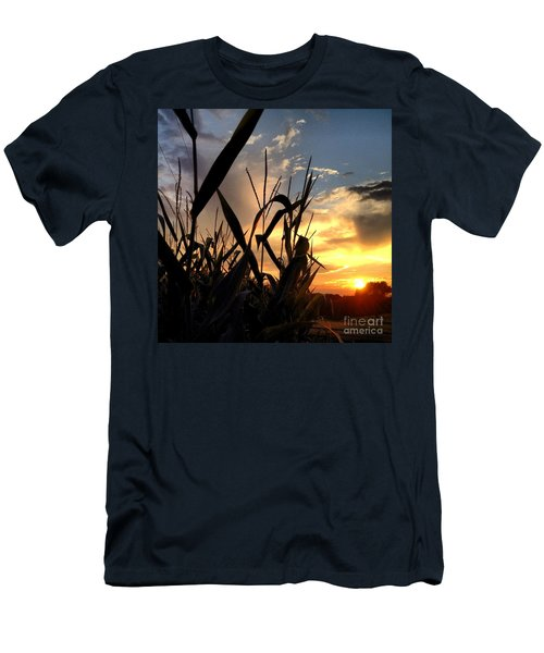 Cornfield Sundown Men's T-Shirt (Athletic Fit)