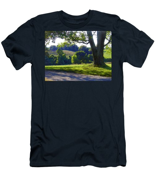 Country Landscape Men's T-Shirt (Slim Fit)
