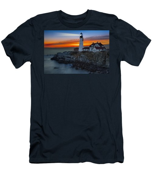Dawn At Portalnd Head Light Men's T-Shirt (Slim Fit)