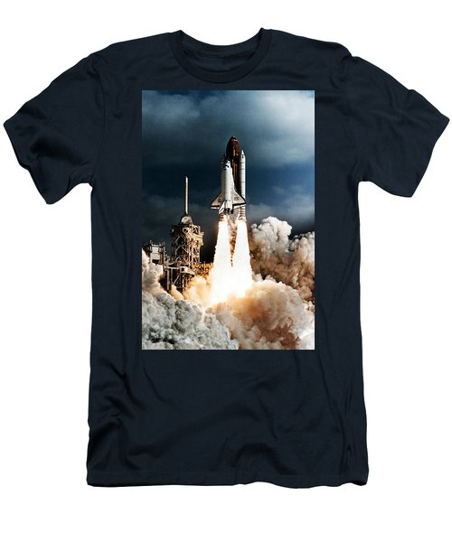 Discovery Hubble Launch Sts-31 Men's T-Shirt (Athletic Fit)