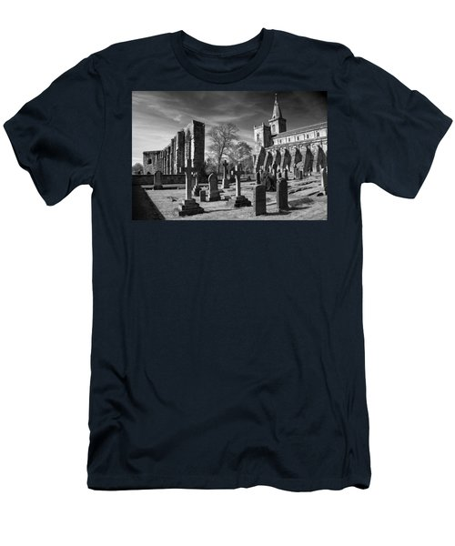 Dunfermline Palace And Abbey Men's T-Shirt (Athletic Fit)