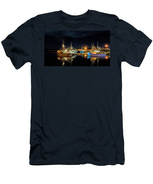 Fishing Hamlet Men's T-Shirt (Athletic Fit)