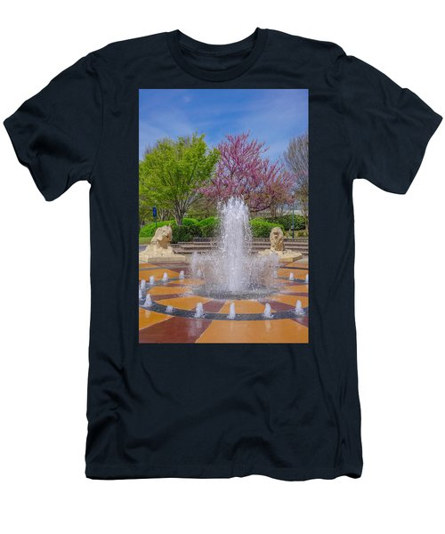 Fountain In Coolidge Park Men's T-Shirt (Athletic Fit)
