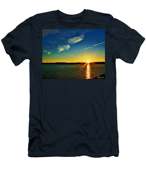 Gc Lake Sunrise Men's T-Shirt (Athletic Fit)