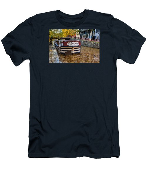 Georgetown Barge Men's T-Shirt (Athletic Fit)