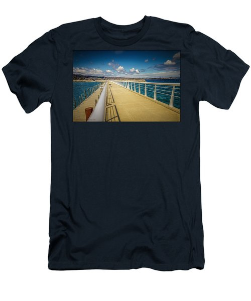 Grand Traverse Bay Men's T-Shirt (Athletic Fit)