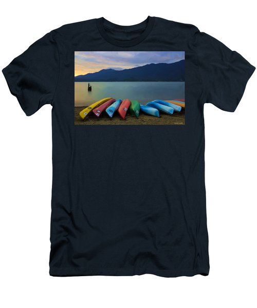 Holding On To Summer Men's T-Shirt (Athletic Fit)