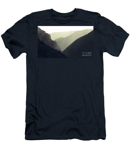 Interleaving Giants Men's T-Shirt (Athletic Fit)