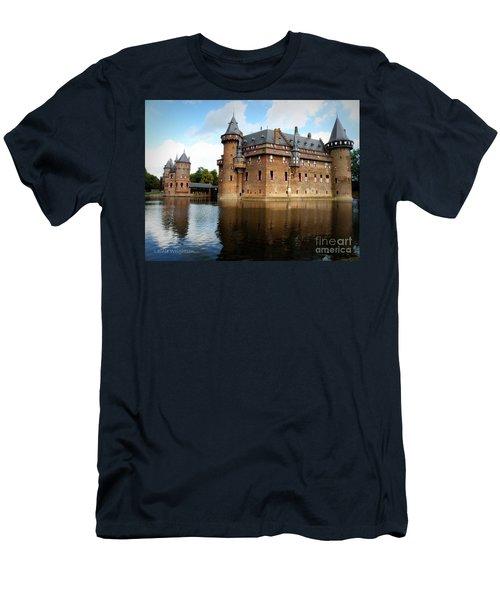 Kasteel De Haar Men's T-Shirt (Athletic Fit)