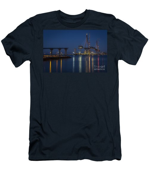 La Pepa Bridge Cadiz Spain Men's T-Shirt (Athletic Fit)