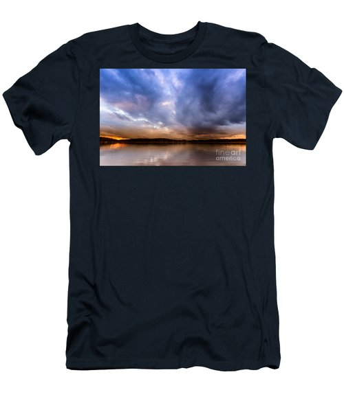 Lake Lanier Sunset Men's T-Shirt (Athletic Fit)