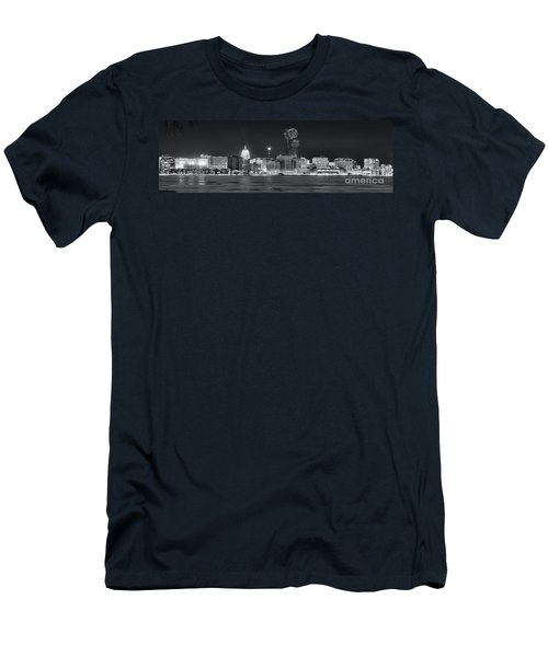 Madison - Wisconsin -  New Years Eve Panorama Black And White Men's T-Shirt (Slim Fit) by Steven Ralser
