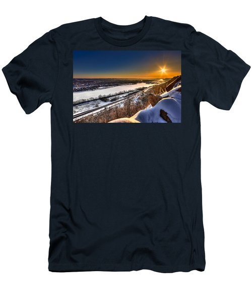 Mississippi River Sunrise Men's T-Shirt (Athletic Fit)