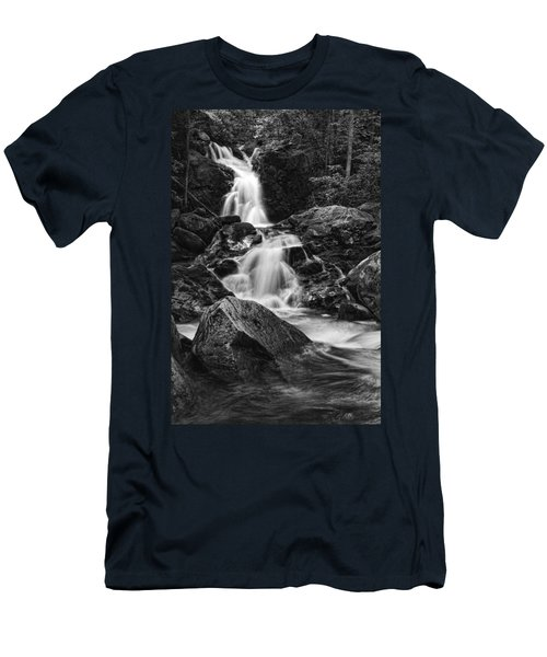 Mouse Creek Falls Men's T-Shirt (Athletic Fit)