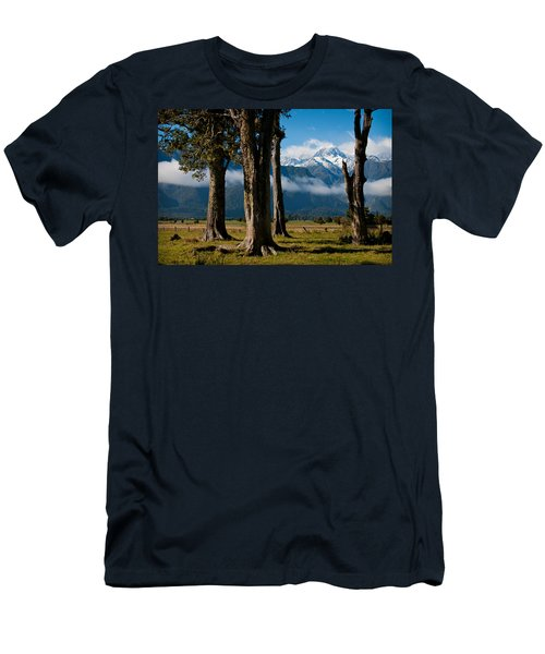Mt Cook Through Trees Men's T-Shirt (Athletic Fit)