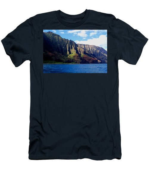Na Pali Coast On Kauai Men's T-Shirt (Athletic Fit)