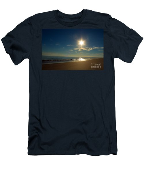Ocean Isle Beach Sunshine Men's T-Shirt (Athletic Fit)