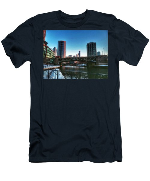 Ohio Street Bridge Over Chicago River Men's T-Shirt (Athletic Fit)
