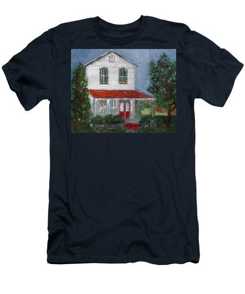 Old Farm House Men's T-Shirt (Slim Fit)