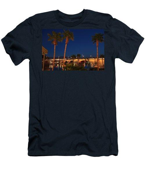 Palms At London Bridge Men's T-Shirt (Athletic Fit)