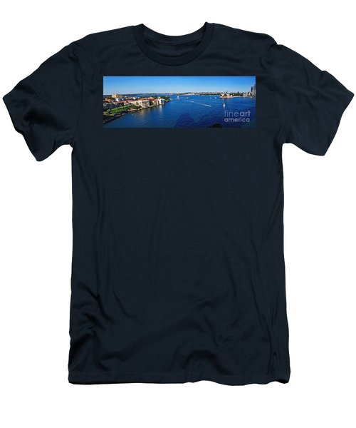 Panoramic Sydney Harbour Men's T-Shirt (Athletic Fit)