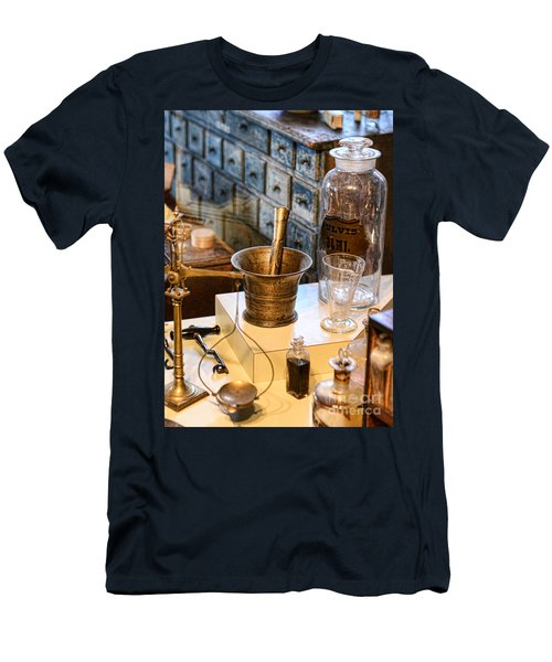 Pharmacist - Brass Mortar And Pestle Men's T-Shirt (Athletic Fit)