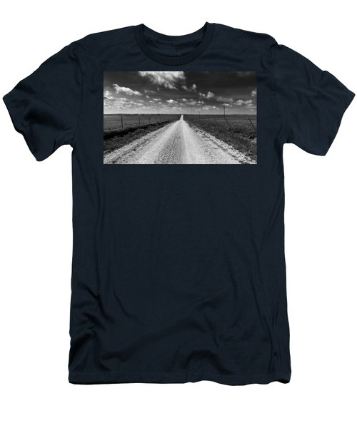 Road To Texaco Hill Men's T-Shirt (Athletic Fit)