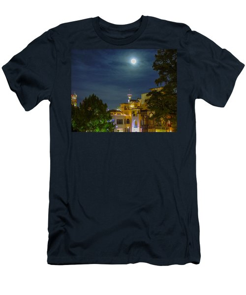 San Antonio Cityscape Men's T-Shirt (Athletic Fit)