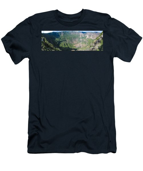 San Salvador Volcano Men's T-Shirt (Athletic Fit)