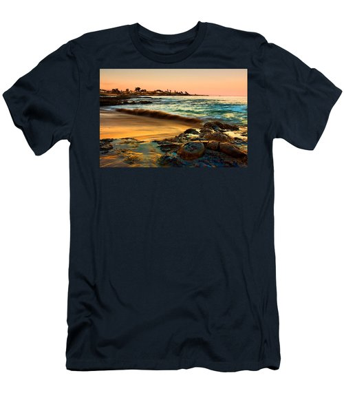 Santa Cruz Sunset Men's T-Shirt (Athletic Fit)