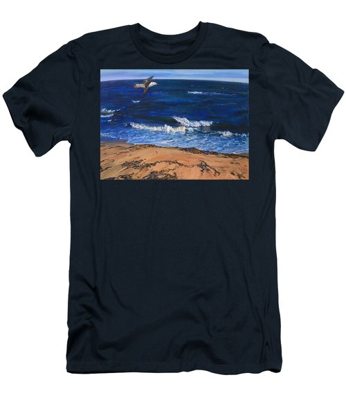 Seagull Flying Along The Surf Men's T-Shirt (Athletic Fit)