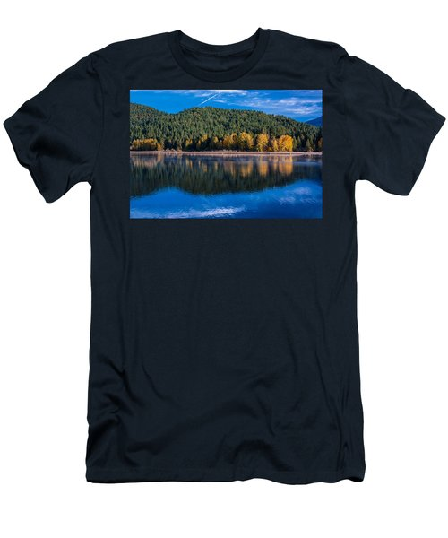 Siskiyou Lake Shoreline Men's T-Shirt (Athletic Fit)