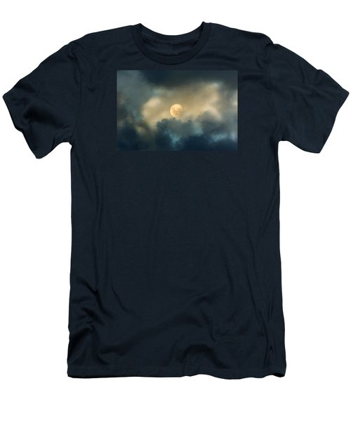 Song To The Moon Men's T-Shirt (Athletic Fit)